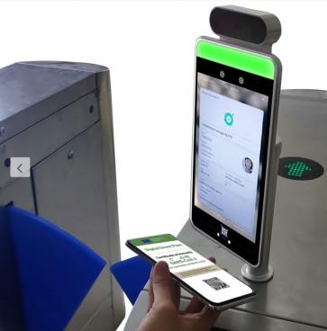 Telecamera termica termoscanner con stazione di monitoraggio e rilevamento mascherina + Verifica green pass, lettore automatico certificazione verde